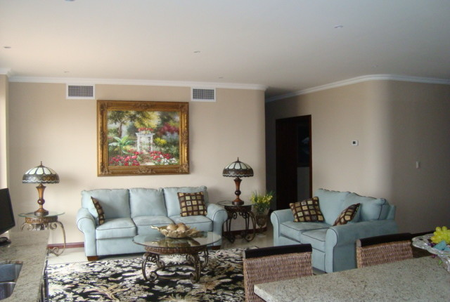 F 2639 352 A SPACIOUS 2 BEDROOM FURNISHED APARTMENT IN THE VALLE ARRIBA COMPLEX, JUST 800 METERS FROM THE SHOPPING AREA OF SAN RAFAEL DE ESCAZU  351