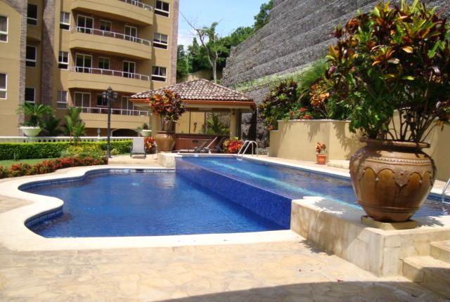 R 3167 A spacious 1 bedroom apartment in the Valle Arriba complex, with appliances San Rafael de Escazu 114