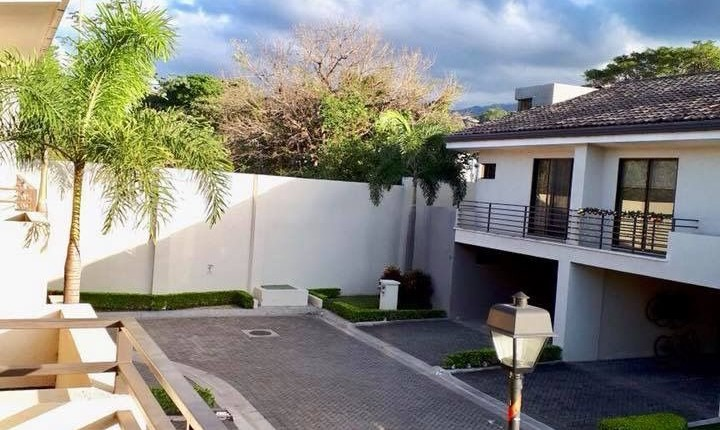 C 3214 Townhouse in Parques del Sol, Residential House Condominium Parque del Sol, with tennis courts, 3 swimming pools (one semi-Olympic) 1000 meters clubhouse –