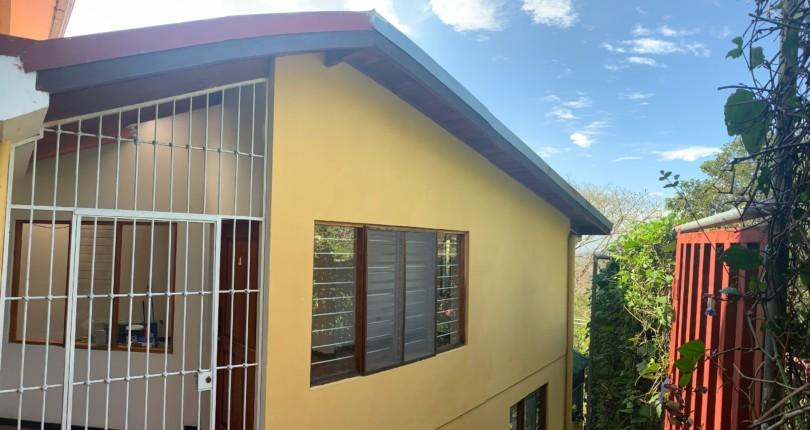 R 1383  Apartment  with beautiful view of 2 bedrooms with bathroom in Alto de las Palomas Santa Ana