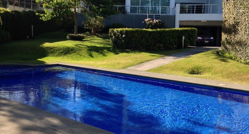 R 3264 First floor 3 berdroom apartment  with great terrace in a fabulous building in Escazu