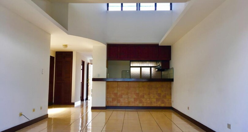 R 3366 Only 100 mts from  Avenida Escazu spacious two bedroom apartment