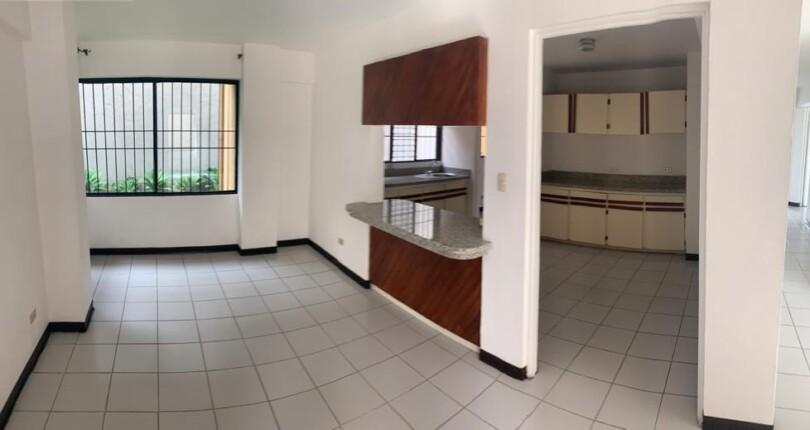 R 3364  First floor 3 bedroom apartment in highrise, excellent location Trejos Montealegre Escazu