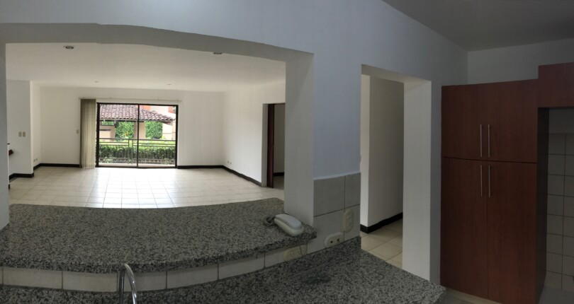 R  2735  A few steps from Avenida Escazu Trejos Montealegre in condominium with security 24 hours. 2 bedroom plus office apartment