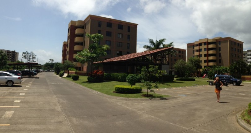 C 1785 Practical apartment with 2 bedrooms, 2 baths in Concasa