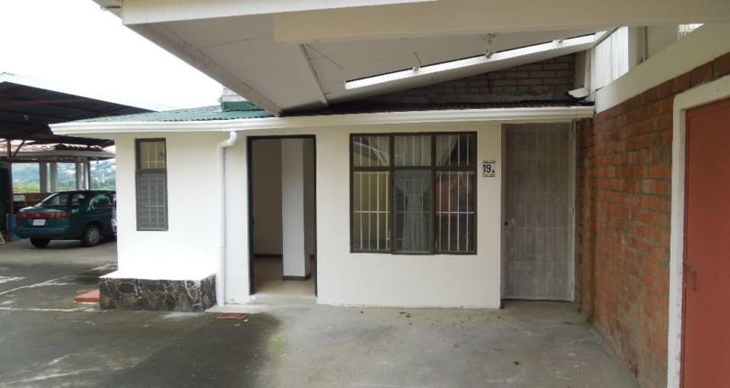 R 1394 Small  Apartment in a family compound in Alto de la Palomas, Santa Ana