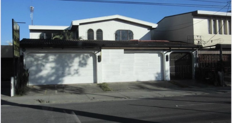 CC 3031 House in Sabana Sur for office or even a school