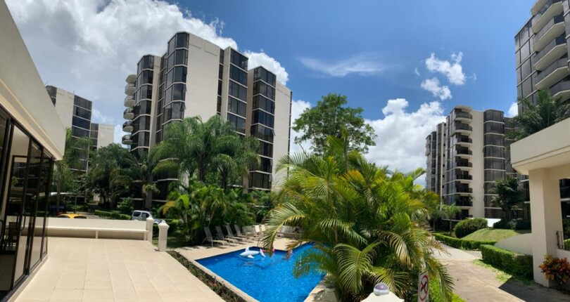 C 3369 Luxury and spacious Highrise with great views in Bello Horizonte