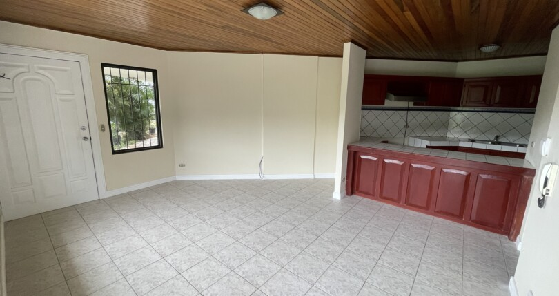 R 3040 Two bedroom apartment in Lotes Peru, Escazu