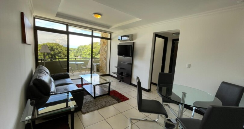 F 3940  2 bedroom fully furnished luxury condo in Avalon Country Club
